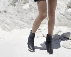 Ross & Snow Renata boot - ankle style luxury boot